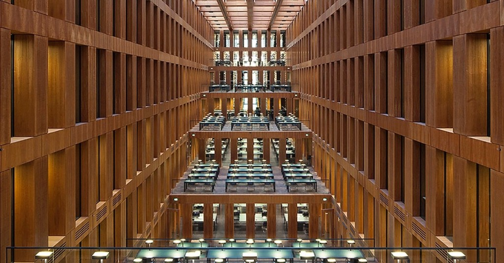 Photographer Spends Almost 10 Years Photographing the Most Beautiful Libraries Around the World