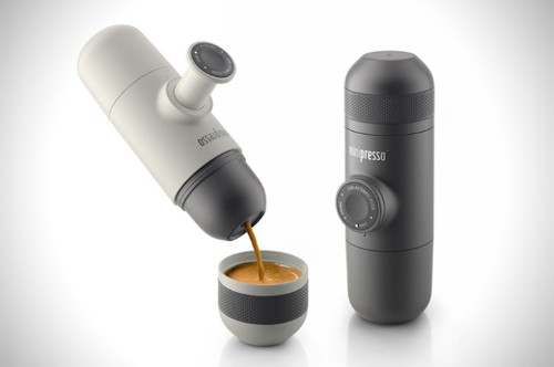 "Travel-Sized ""Minipresso"" Brews Your Espresso on the Go"