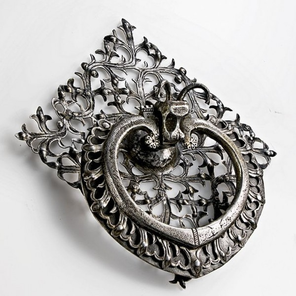 Collectors' Anthology Showcases Ornate, Centuries-Old Mechanisms