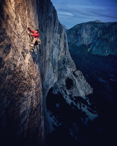 Dedicated Adventurer Photographs the World From Extreme Vantage Points