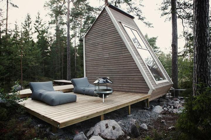 Designer Constructs Micro 96-Square-Foot Cabin to Forego Building Permits