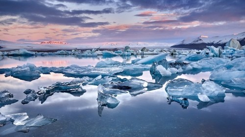 Scientists Write Eulogy for Iceland's First Glacier Lost to Climate Change