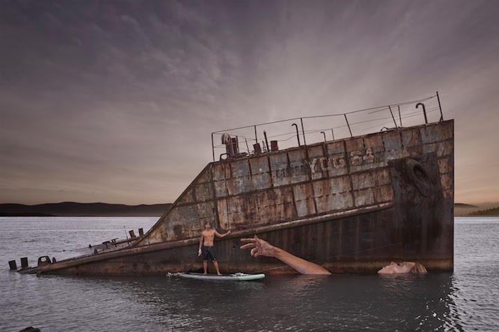 Artist's Gorgeous Mural on Sunken Ship Changes with Tide Levels