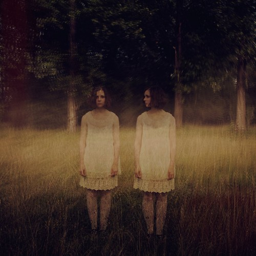 """Beautifully Eerie Photos of """"Twins"""" by Olivier Ramonteu"""