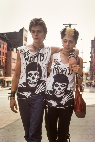Striking Street Photos Document the Vibrant Culture of NYC in the '70s and '80s