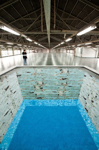 Deteriorating Swimming Pool is a Stunning Optical Illusion
