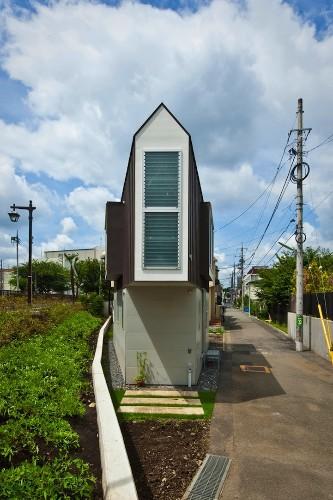 Narrow Japanese Home