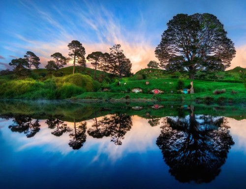 Hobbiton Movie Set is a Real Life Version of Middle-Earth You Can Visit