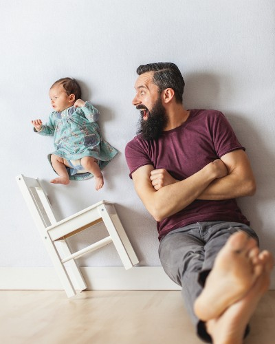 Charming Newborn Photos Taken with Dad are Created Without Photoshop