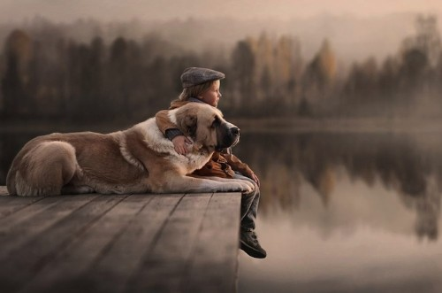Heartwarming Photos of Children and Their Pets by Elena Shumilova