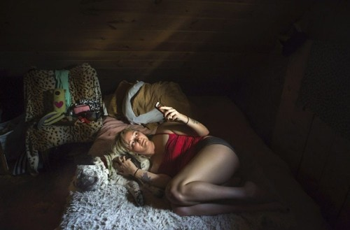 Photographer Gives Intimate Look Inside Bedrooms Across America