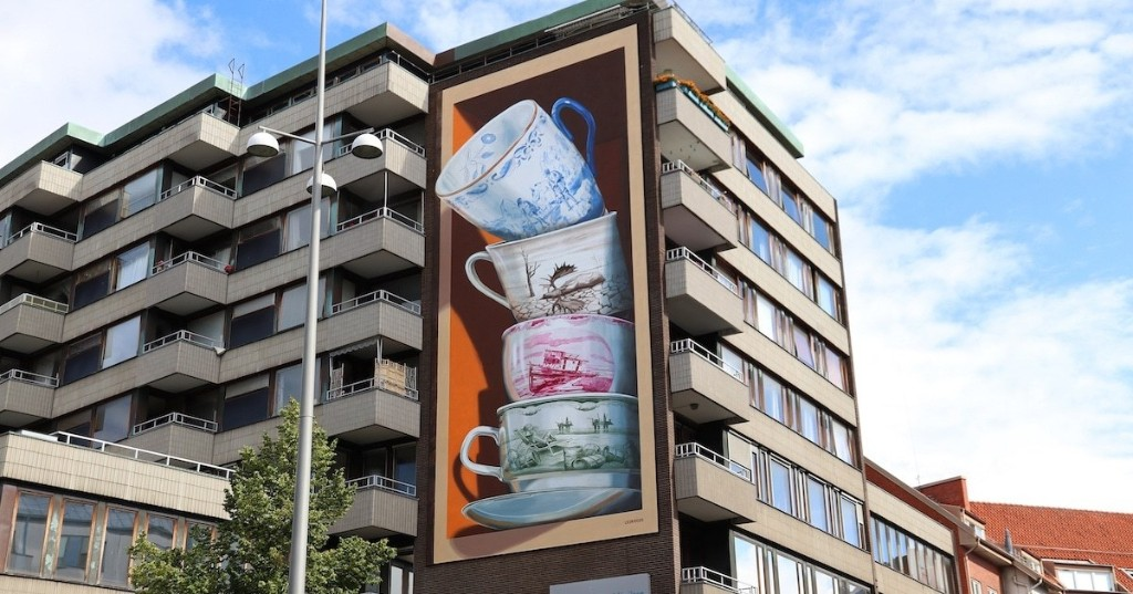 """3D Mural of Precarious Teacups Comes """"Crashing"""" To Life With Augmented Reality"""