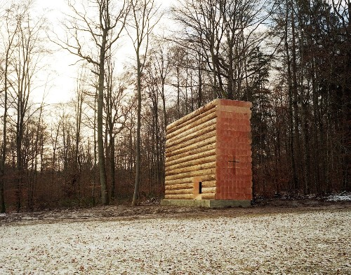Beautifully Intimate Chapel Made of 61 Wood Logs Sits in Bavarian Forest