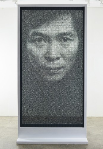 Photorealistic Steel Wire Mesh Portraits by Seung Mo Park