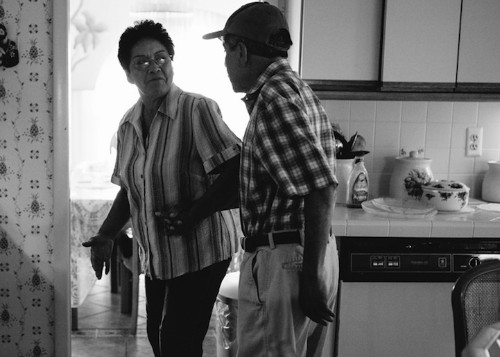 Touching Series, Featuring a Grandfather with Alzheimer's, Shows a Family's True Love