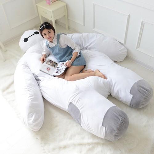 "Life-Size ""Big Hero 6"" Baymax Is the Adorable Bed That Can Hug You to Sleep"