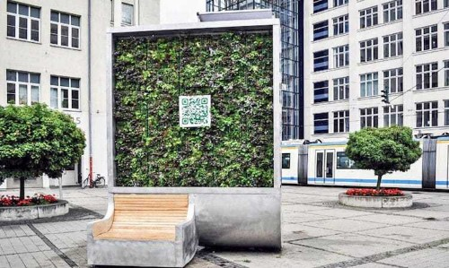 """Urban """"Tree"""" Wall Cleans as Much Polluted Air as an Entire Forest"""