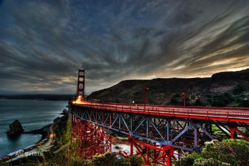 Photographer Captures the Vast Beauty of the Golden Gate Bridge