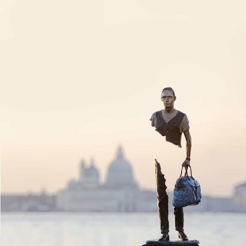 Thought-Provoking Sculptures of Fragmented Figures Pop Up Across Venice