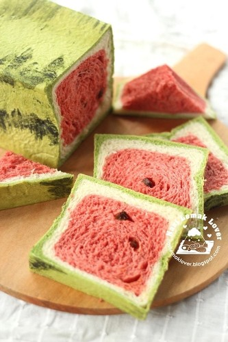 'Watermelon Bread' Has Creative Bakers Turning Loaves of Bread into Tasty Fruit