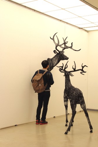 Incredible Thread and Wire Sculptures by Yong Won Song