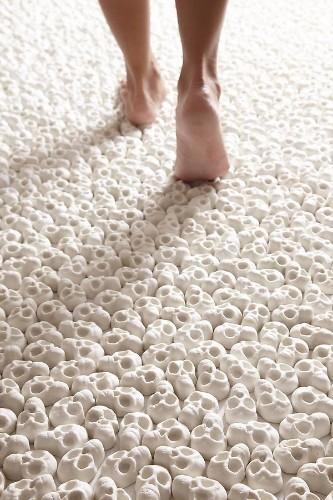 100,000 Miniature Porcelain Skulls Explore Life and Death