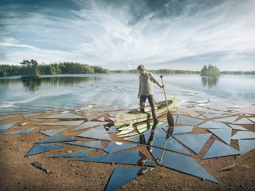 Photographer Uses 17 Square Meters of Mirror to Create Incredible Surreal Scene