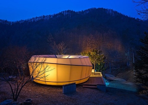 "Luxurious Korean Tent Pods Expand the World of ""Glamorous Camping"""