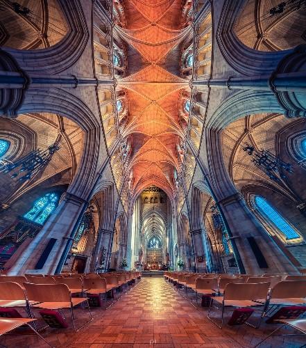 Panoramas of Church Interiors: The Border Between Reality & Fantasy