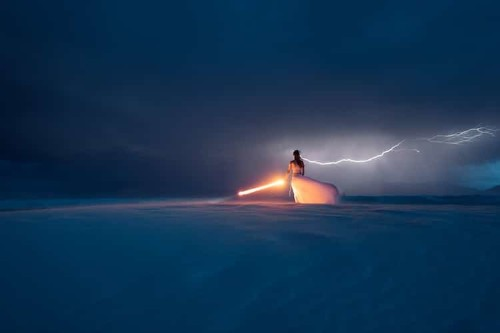 'Light Painting' Duo Captures Perfectly-Timed Photo as Lightning Strikes