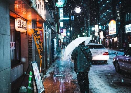 Capturing Snowy Streets of Japan as Wintry Cyberpunk Scenes