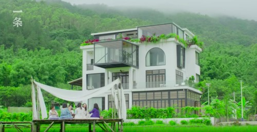 7 Women Built a Dream Retirement Home to Live Their Last Days Together