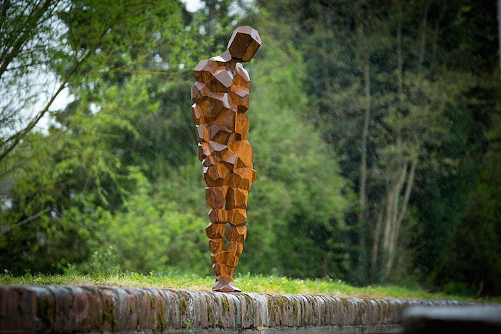 Life-Size Figurative Sculptures Across the British Coast Link Human Identity with Nature