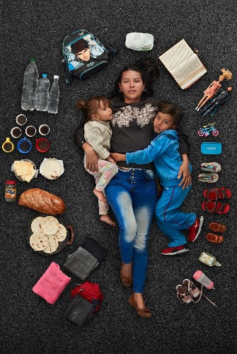 Photographer's Portraits Gives a Face to the Venezuelan Refugee Crisis