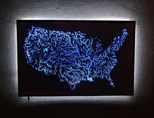 Man Uses Blue Resin to Create Illuminated Map of Intricate Waterways Across the U.S.