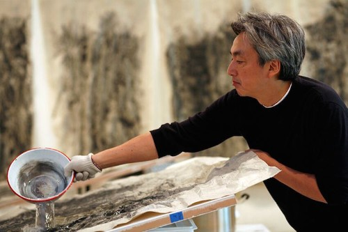 Japanese Artist Masters the Art of Painting Waterfalls in Motion