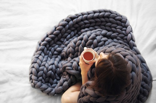 Super Chunky Hand-Knitted Blankets are Cozy for Humans and Now Pets