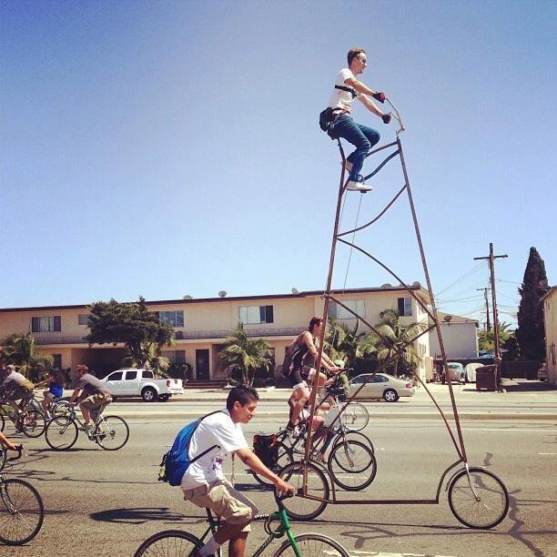 Amazing Two-Story Bike Strolls Through Los Angeles