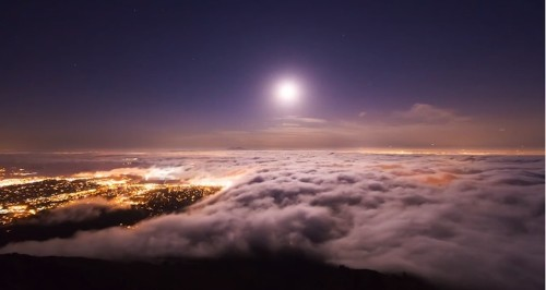 Photographer Chases SF Fog for 2 Years to Create Gorgeous Timelapse