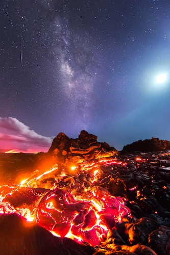 Epic Image Captures Lava, Moon, Milky Way, and Meteor All in One Photograph