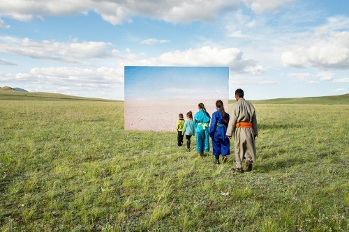 Confronting Images Reveal Impact of Climate Change on Mongolian Landscape and Culture