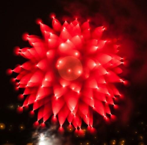 Spectacular Long Exposure Photos of Fireworks by Alan Sailer