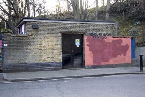 Street Artist and City Worker Spend a Year Having a Fun Graffiti Conversation