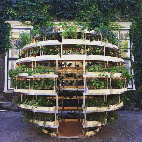 Spherical 'Growroom' Offers a Delightfully Fresh Solution to Sustainable Urban Farming