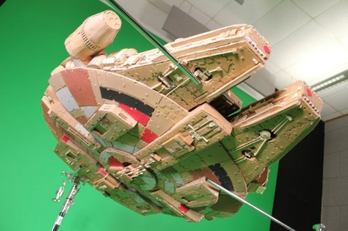 Intricately Detailed Millennium Falcon Model Made From Cardboard Boxes