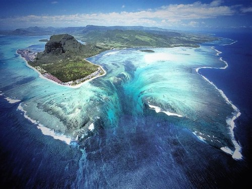 Spectacular Aerial Illusion of an Underwater Waterfall