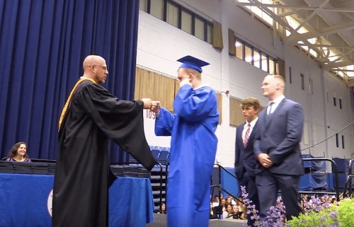 Graduating Students Respectfully Stay Silent for Classmate with Autism