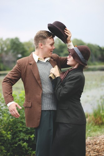 "Couple Recreates Meet-Cute Scene from ""101 Dalmatians"" for Their Engagement Photos"
