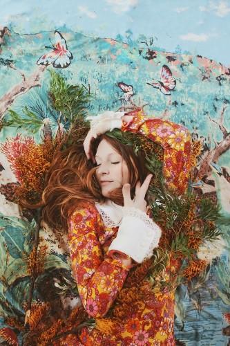 Beautifully Passionate Photo Portraits of Women Enjoying Solitude