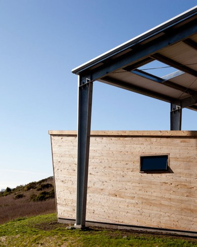 Secluded Mountain Cabins Offer Distraction-Free Studios to Fight Writer's Block